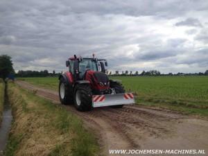 Valtra-T234-Jochemsen-Frontschuif
