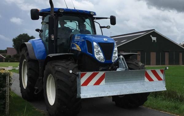 New-Holland T7050 Frontschuif